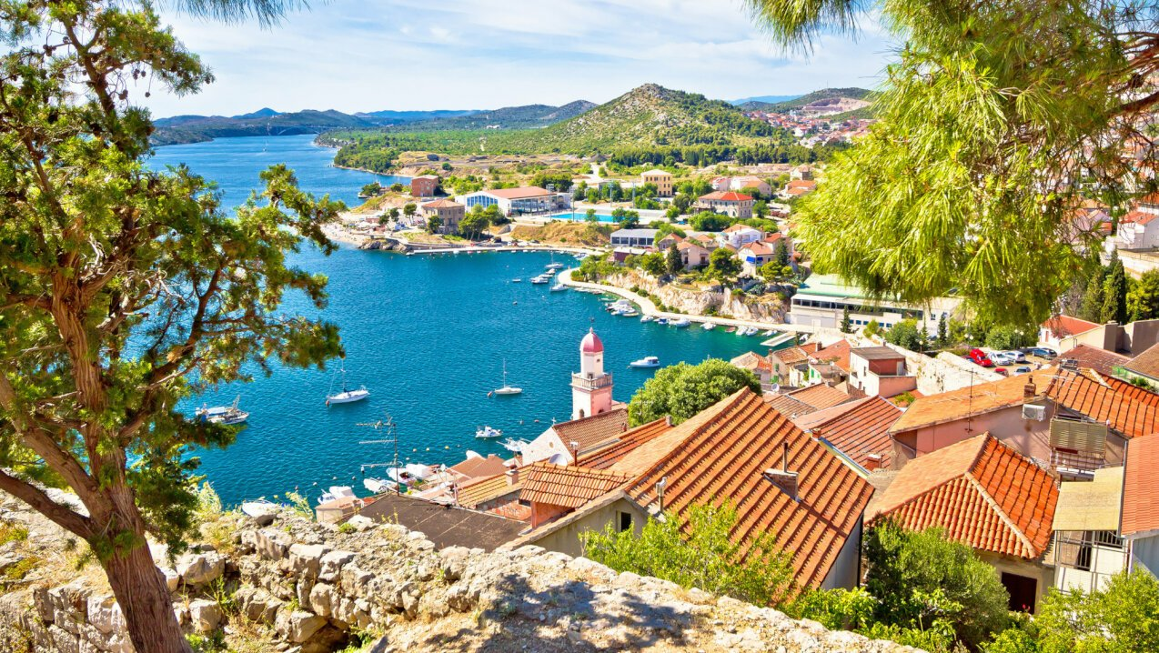 When to charter a yacht in Croatia