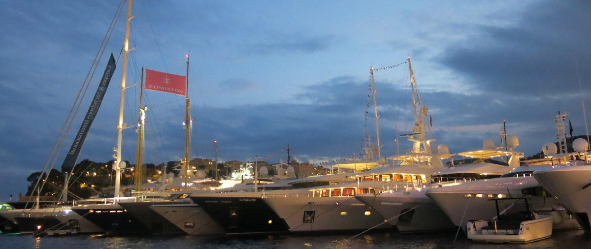 Monaco Yacht Show 2015 photo 12