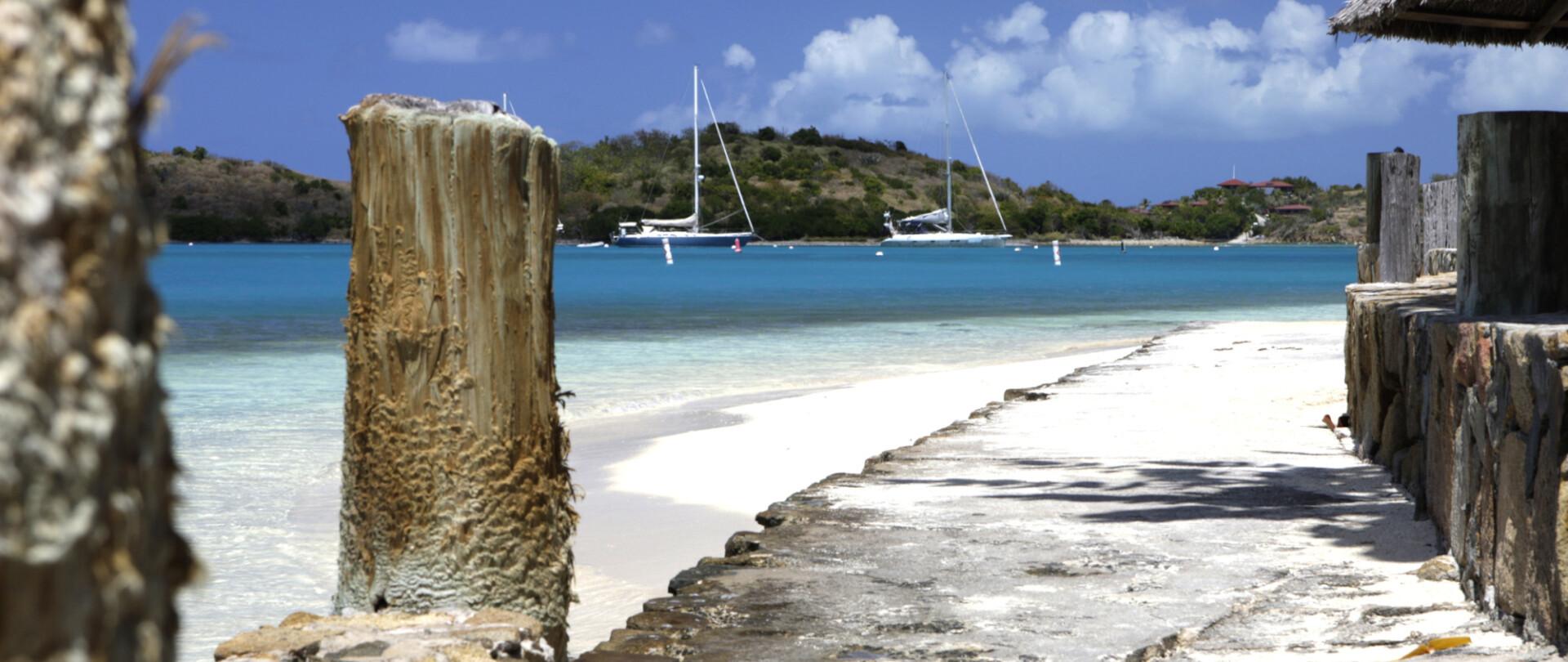 Edmiston Attending the 2014 Antigua Charter Yacht Show photo 2