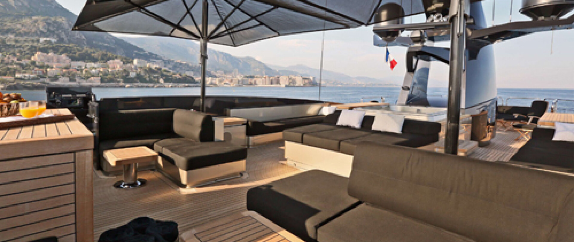 DB9 Yacht for Charter photo 15