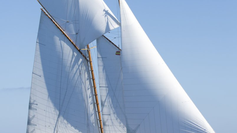 Edmiston Classic Yachts featured on Classic Yacht Info