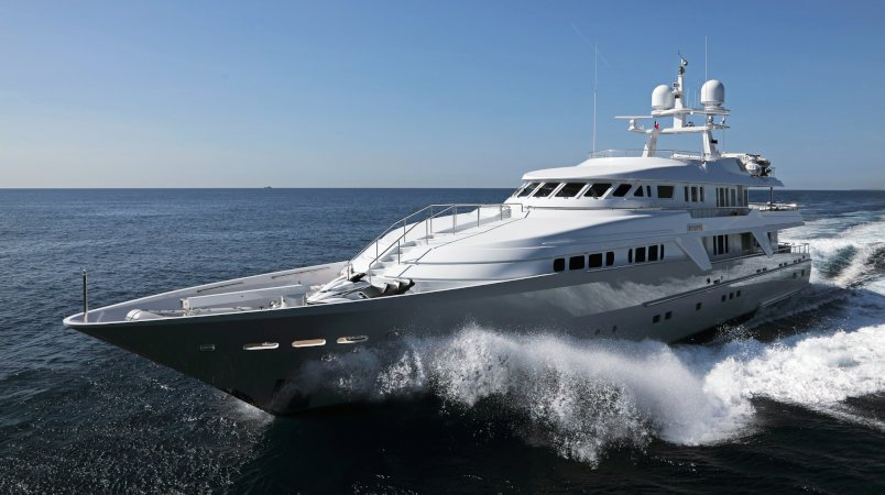DEEP BLUE II - Owner will consider a smaller yacht in part exchange