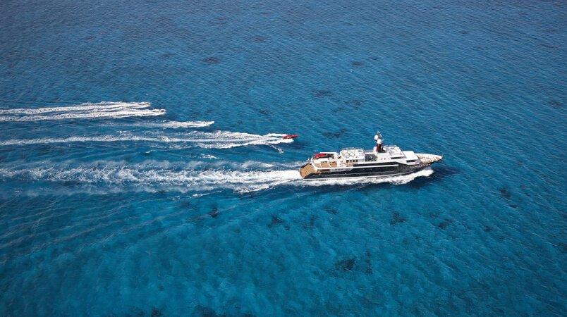 A summer charter onboard HIGHLANDER