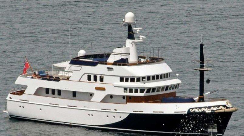 KIRING - Yacht & berth package