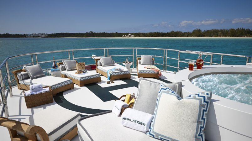 Highlander - Special deal in the Caribbean this Christmas and New Year