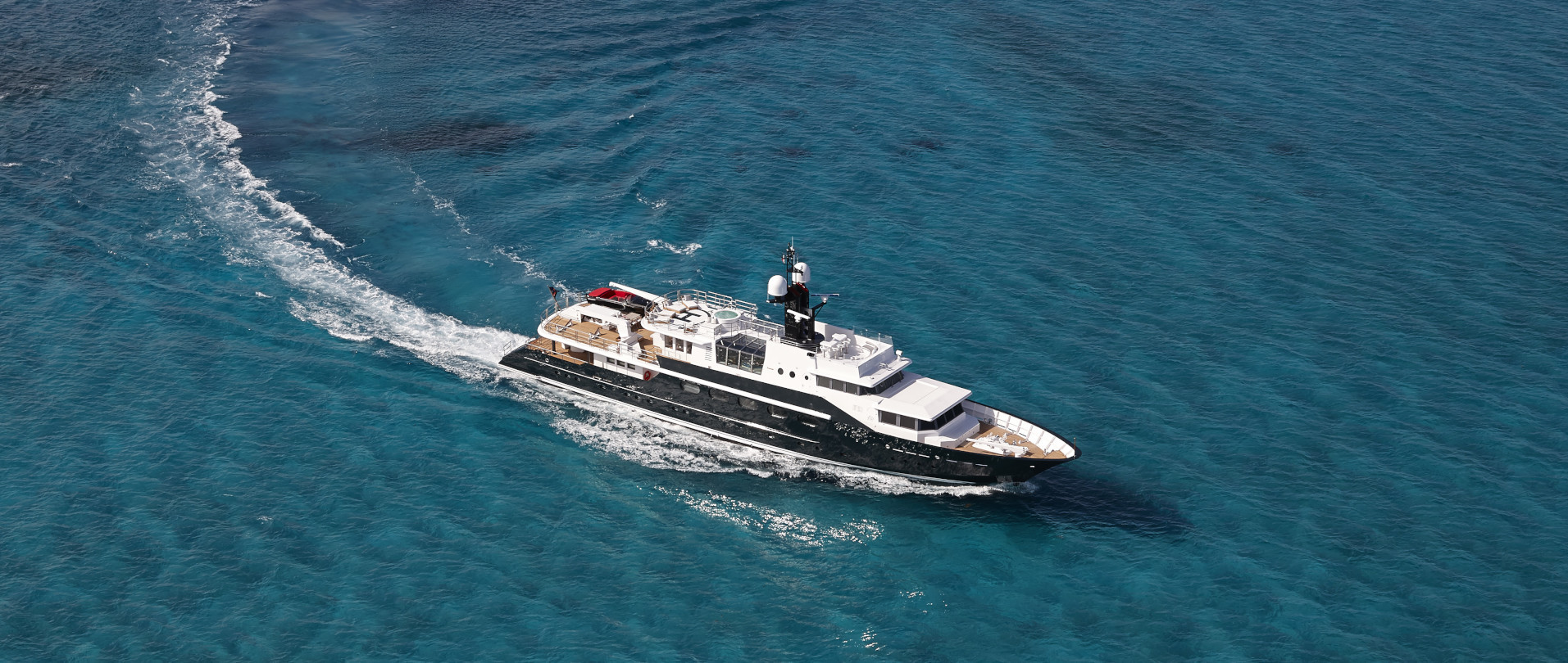 Highlander - Extraordinary deal for January charters: US$60,000 p/w photo 1