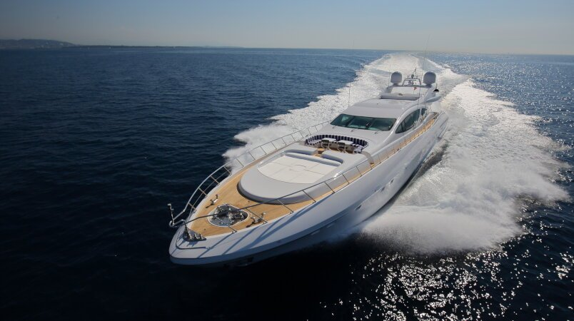 Veni Vidi Vici joins the charter fleet