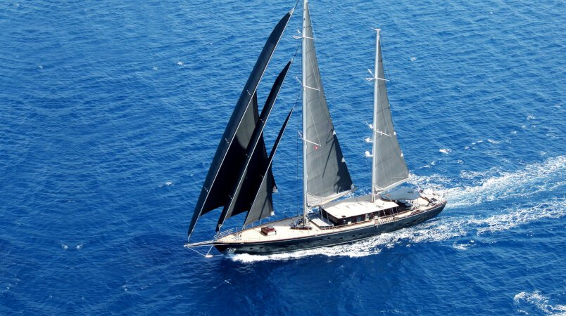 40m Rox Star – Available from 21 August and throughout September