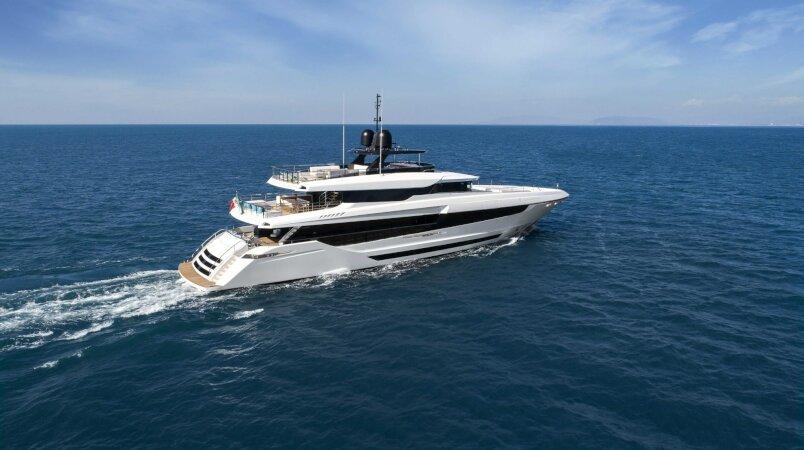 Yacht sold: Mangusta Oceano 43
