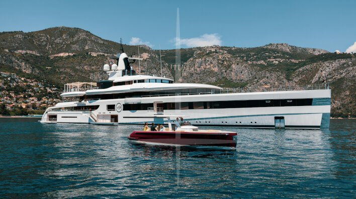 Luxury charter yacht Lady S wins two major awards...
