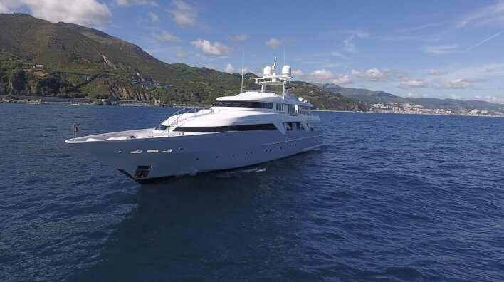 Deep Blue II: Ready for summer charters in the Med, Adriati...
