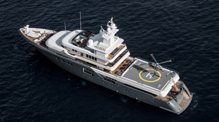 Stunning charter yachts with commercial helipads...