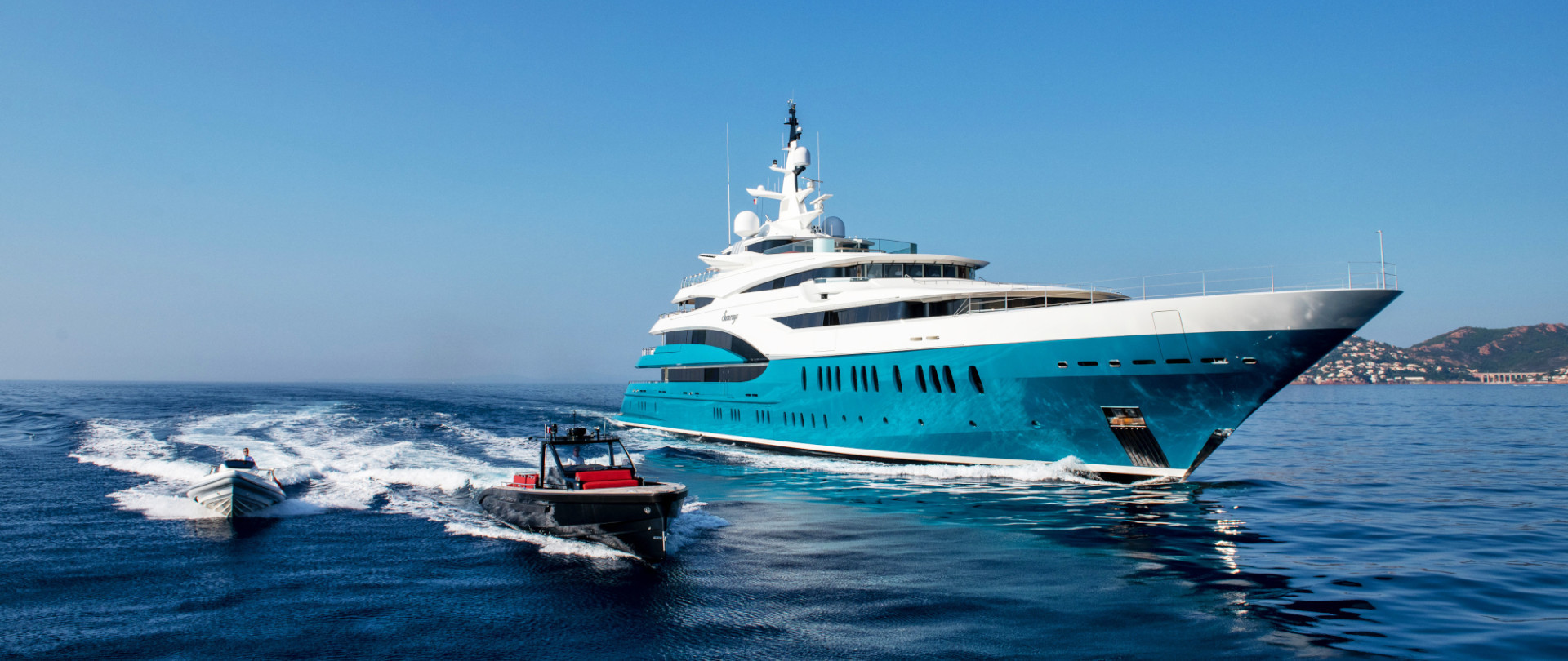 How much does a superyacht cost?  photo 1