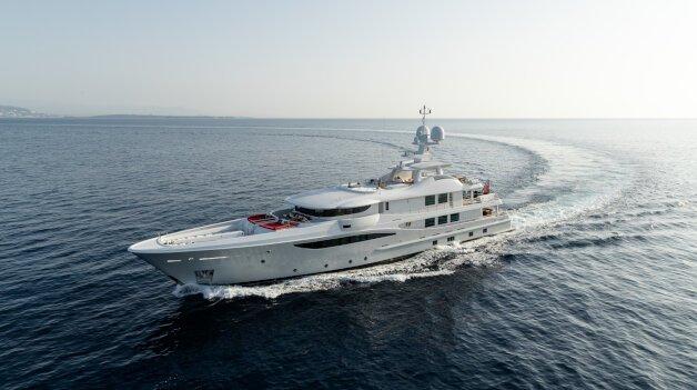 sold yacht Grace