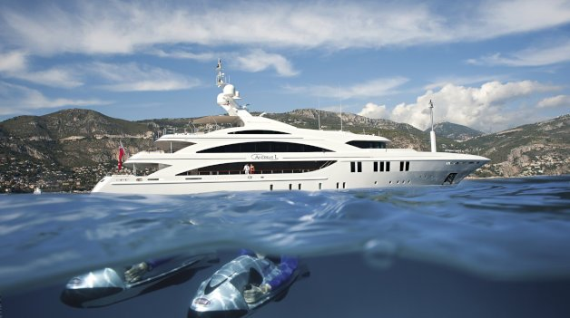 sold yacht Andreas L