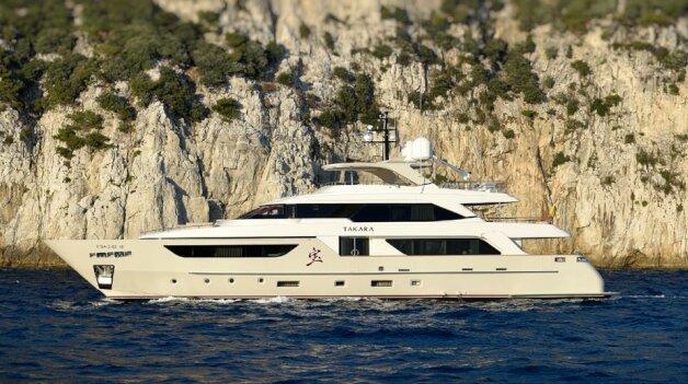 sold yacht Takara