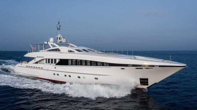 sold yacht Her Destiny
