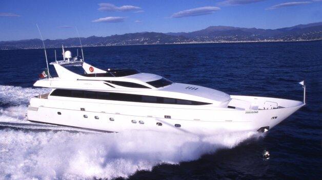sold yacht PAB