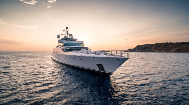sold yacht Enigma