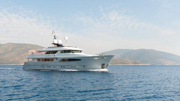 sold yacht Alumercia