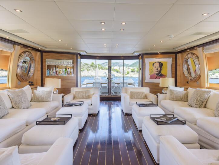 Lisa IV yacht for sale