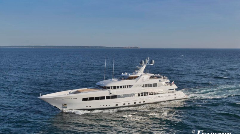 Rock.it yacht for Charter