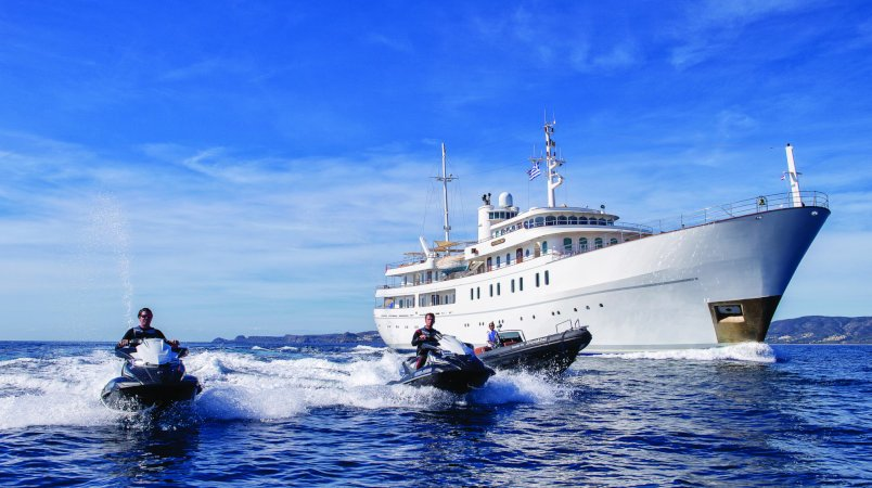 Sherakhan yacht for Charter