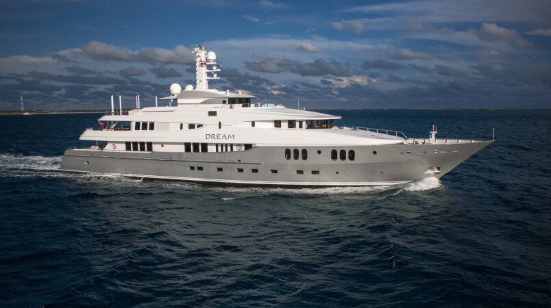 Dream yacht for Charter