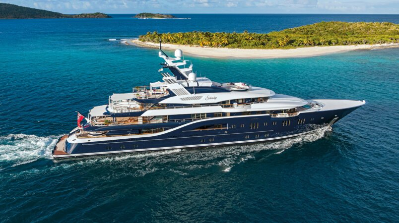 Solandge yacht for Charter