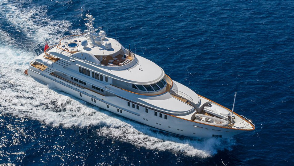 Mystic yacht for Charter
