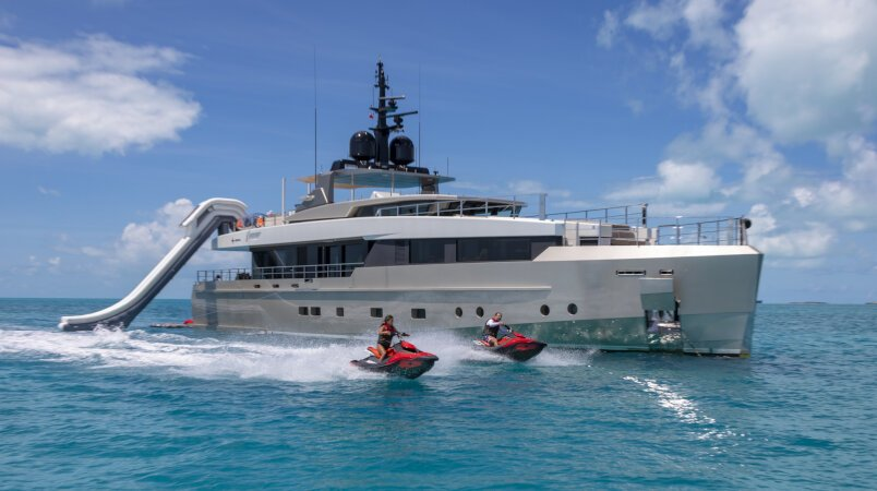 Safe Haven yacht for Charter