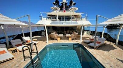 Seven Seas Yacht Interior