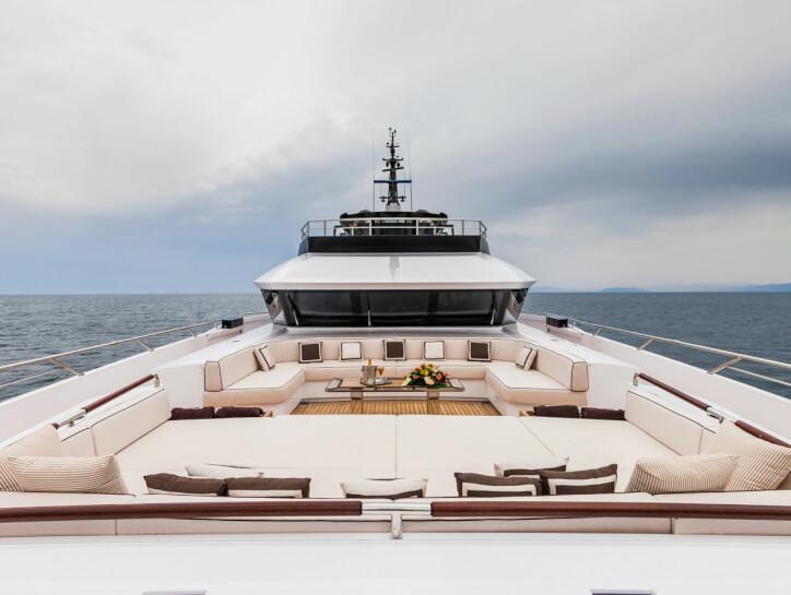 Parillion yacht for charter