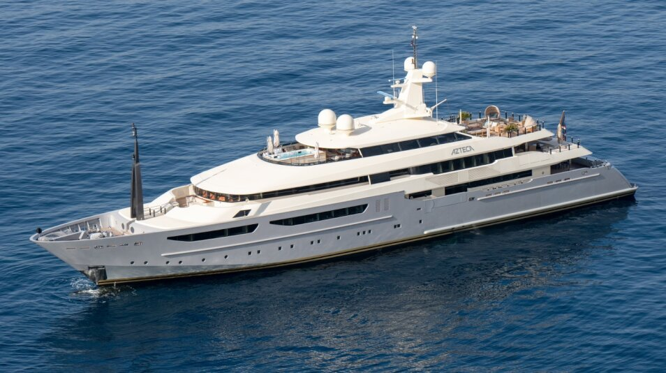 Azteca Yacht for charter