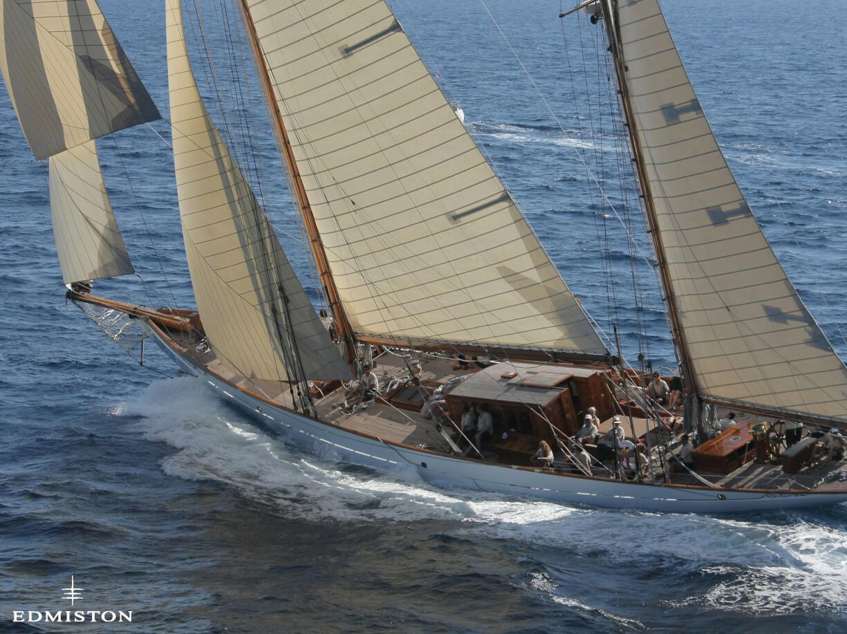 Thendara Yacht for Sale   Alexander Stephen & Sons Luxury