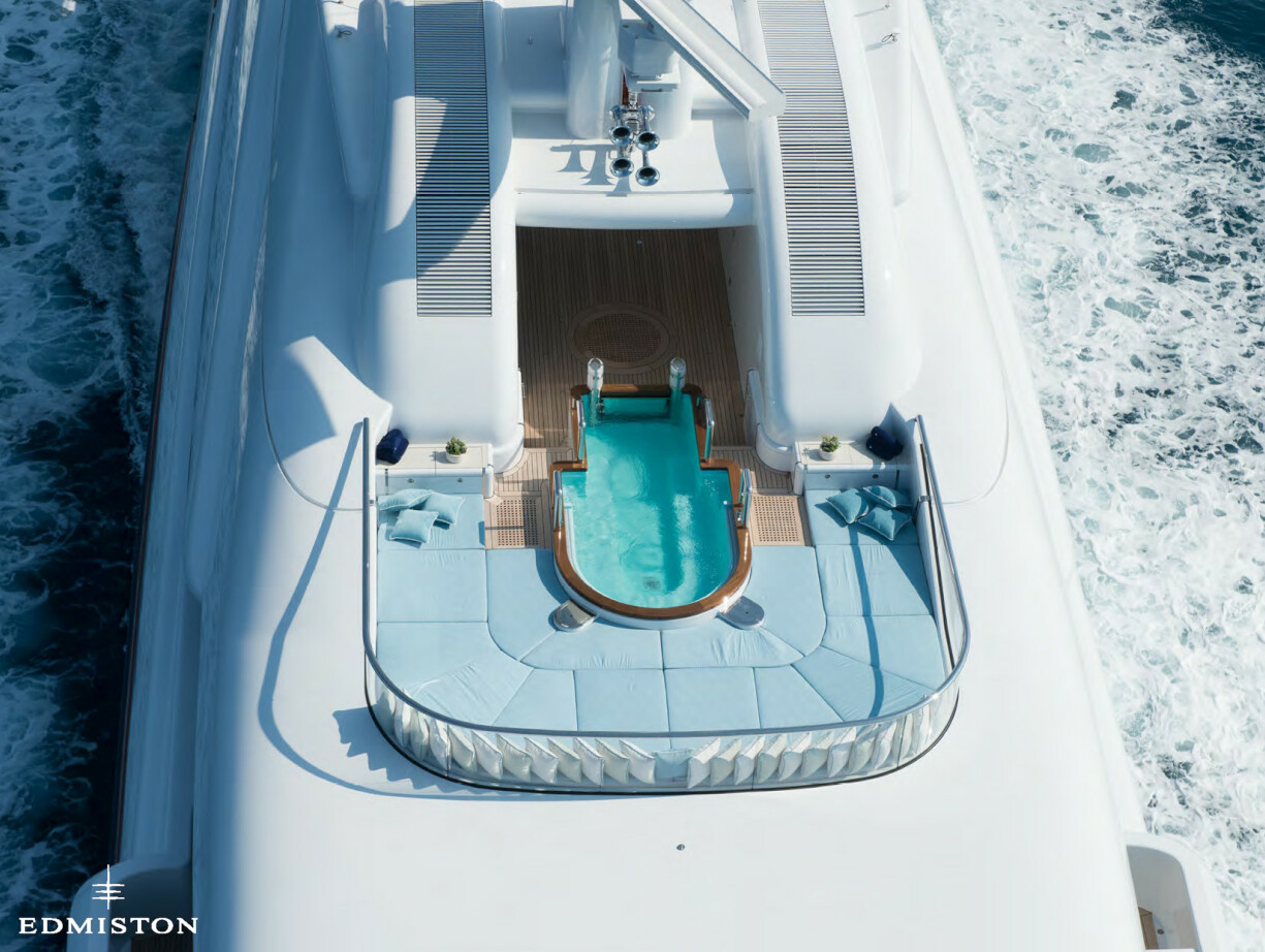 Nirvana yacht charter price oceanco luxury yacht charter - Nirvana 15