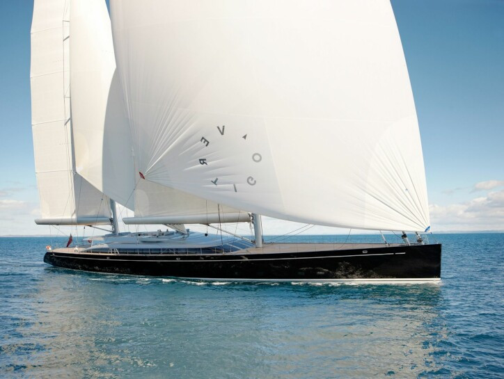 Vertigo yacht for charter