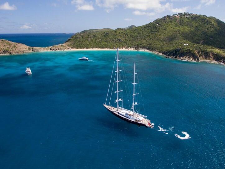 Panthalassa yacht for charter