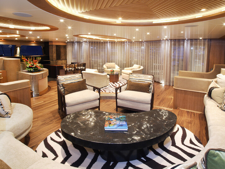 Hemisphere yacht for charter