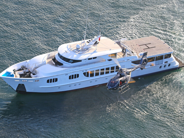 Tango yacht for charter