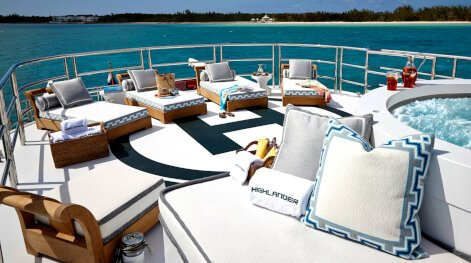 Highlander yacht for Charter