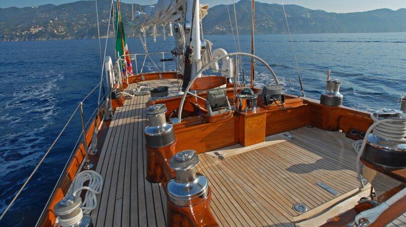 Gitana IV Luxury Super Yacht For Sale