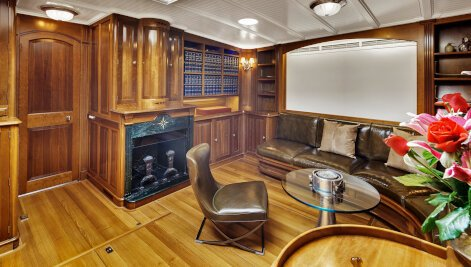 Endeavour  yacht for Sale