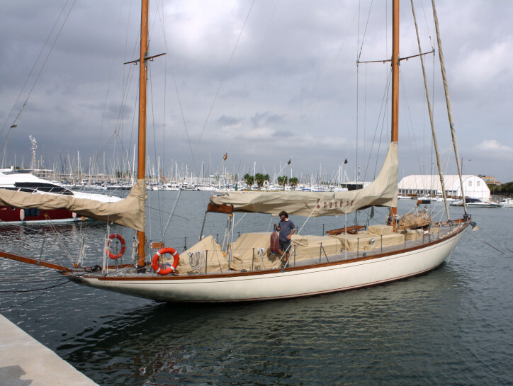 Ivanhoe yacht for sale
