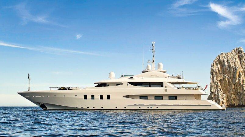Azteca II yacht for Charter