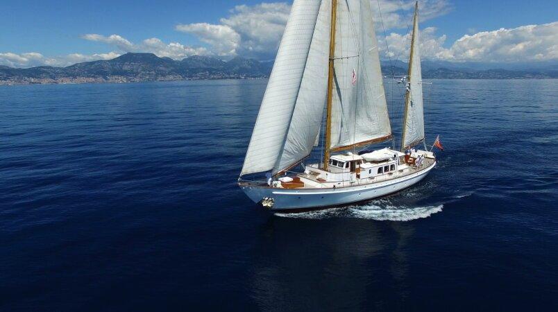 Fei Seen Luxury Super Yacht For Sale