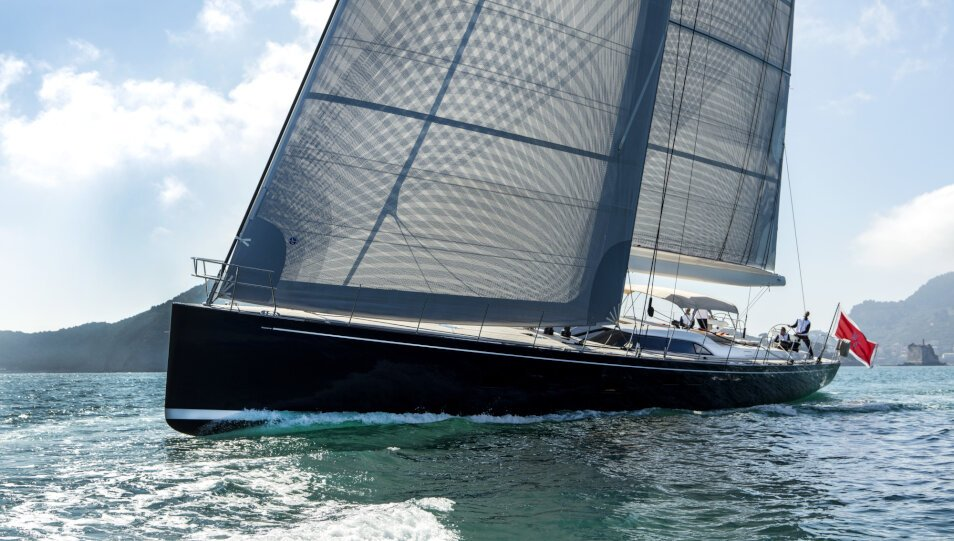 Crossbow yacht for Charter