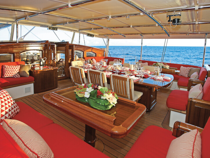 Marie yacht for charter