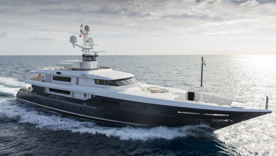 Emerald yacht for Charter